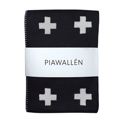 Cross Blanket Black Small